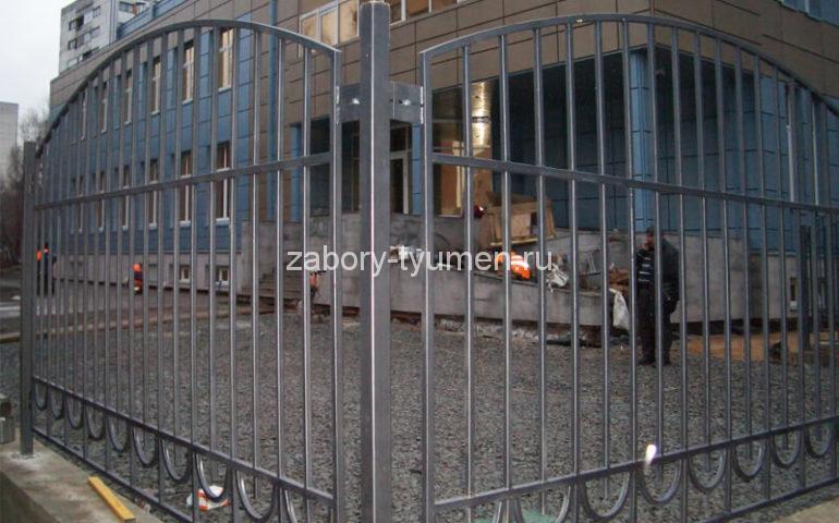 забор из профтрубы в Тюмени